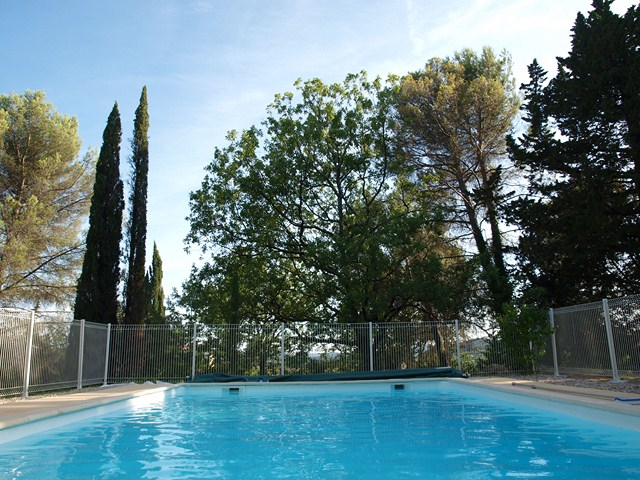 Gite Holiday Vacation Rental Pool Gard France Languedoc Roussillon